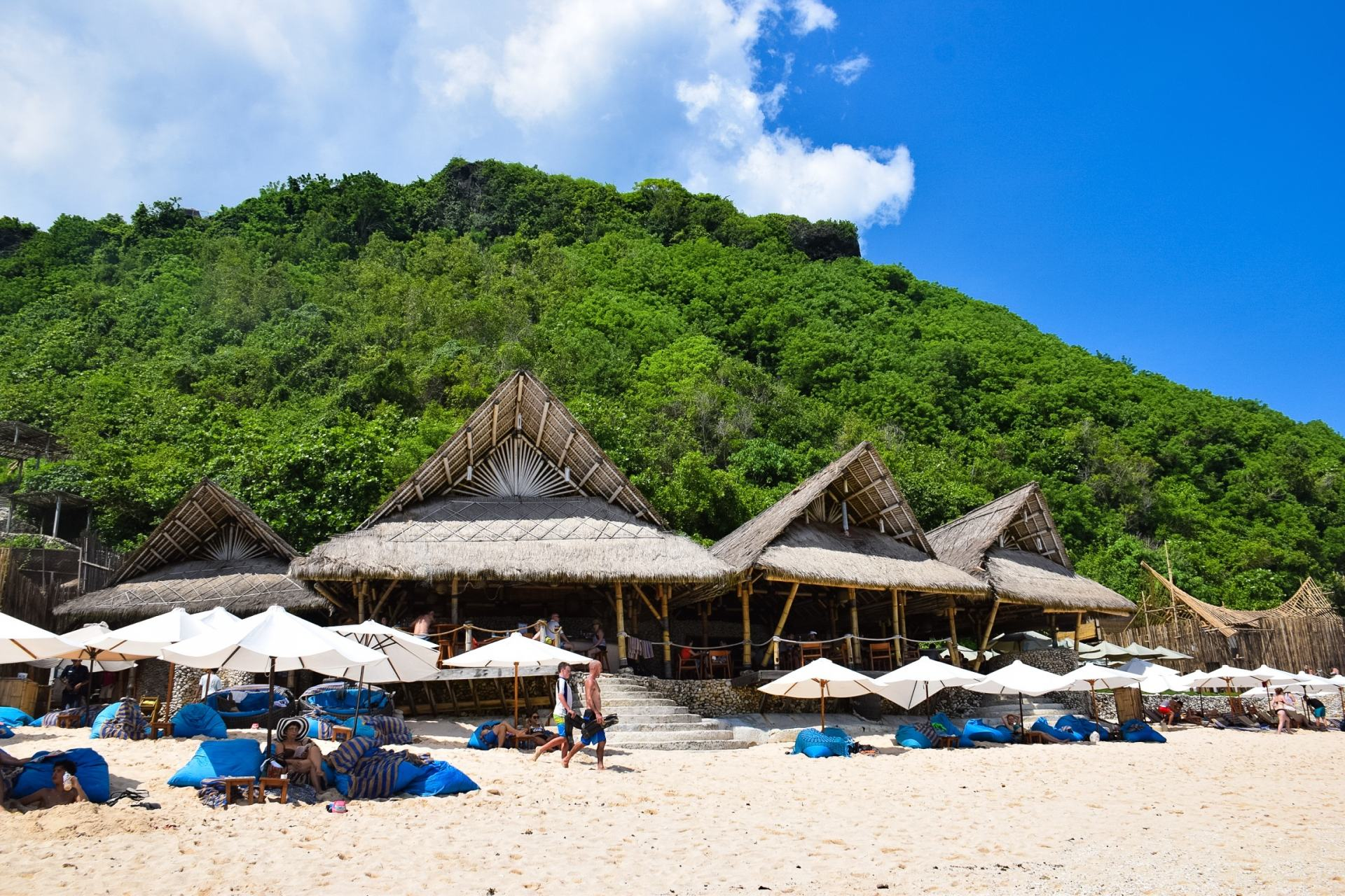 sundays beach club uluwatu