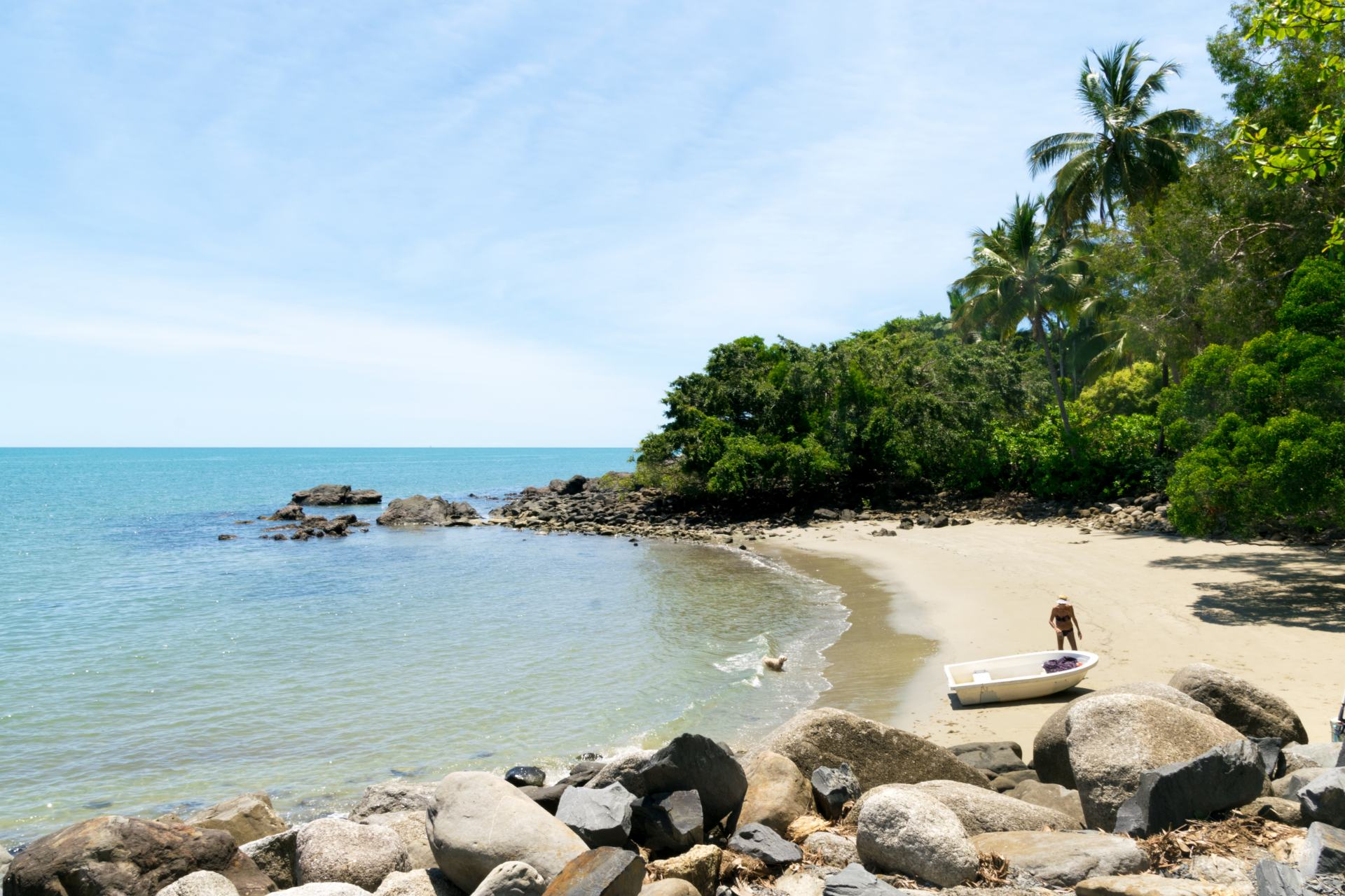 beach in port douglas