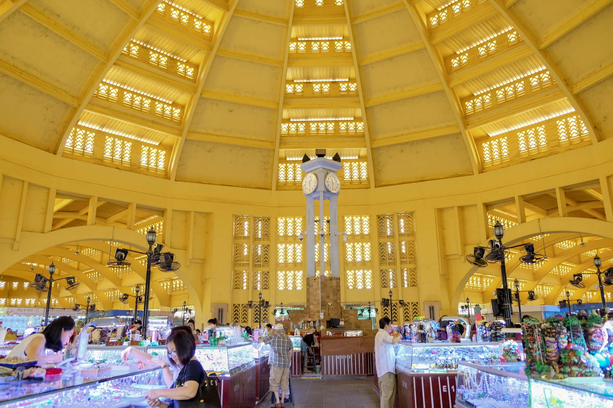 the central market phnom penh