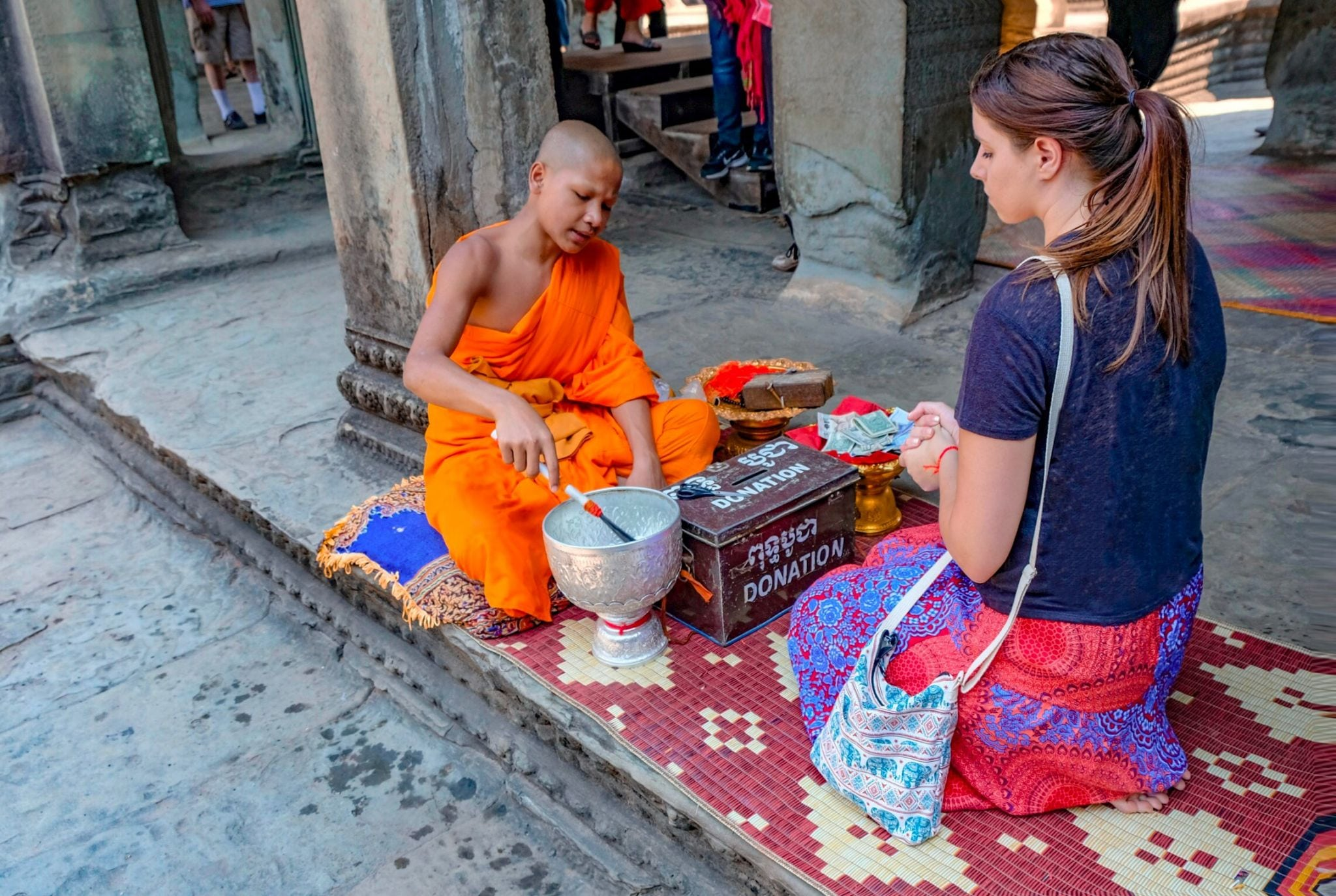 buddhist ceremony at angkor wat