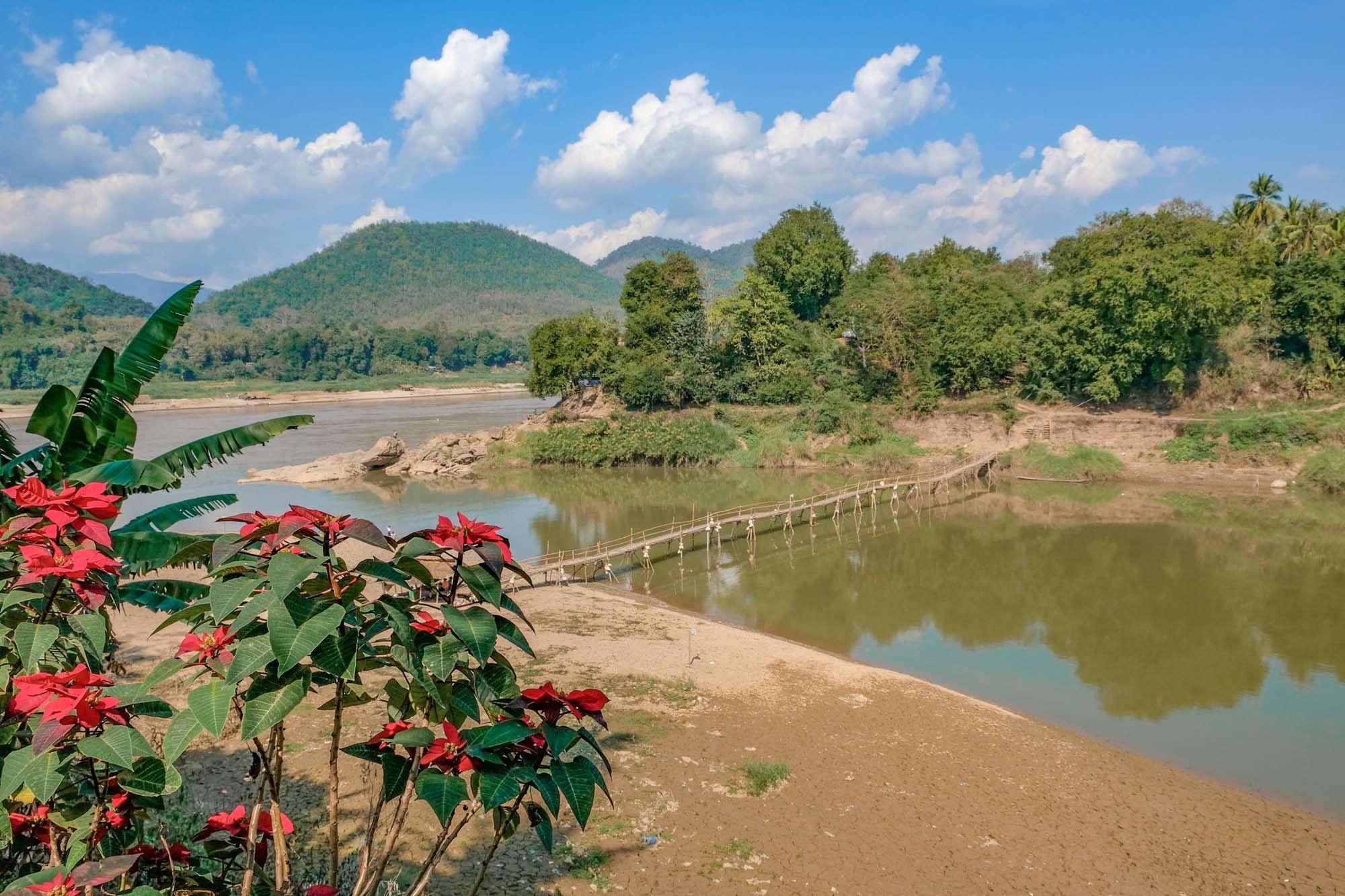 mekong delta in luang prabang