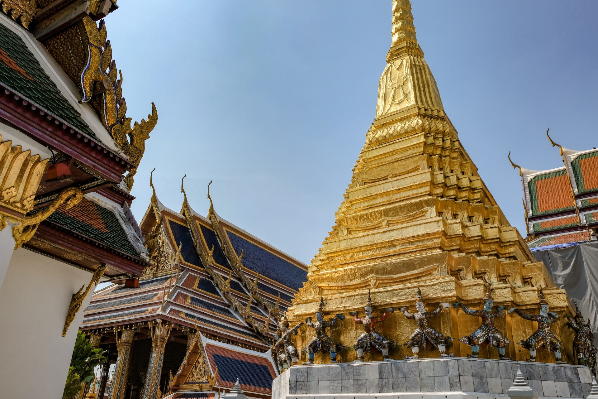 temple of the emerald buddha grand palace bangkok