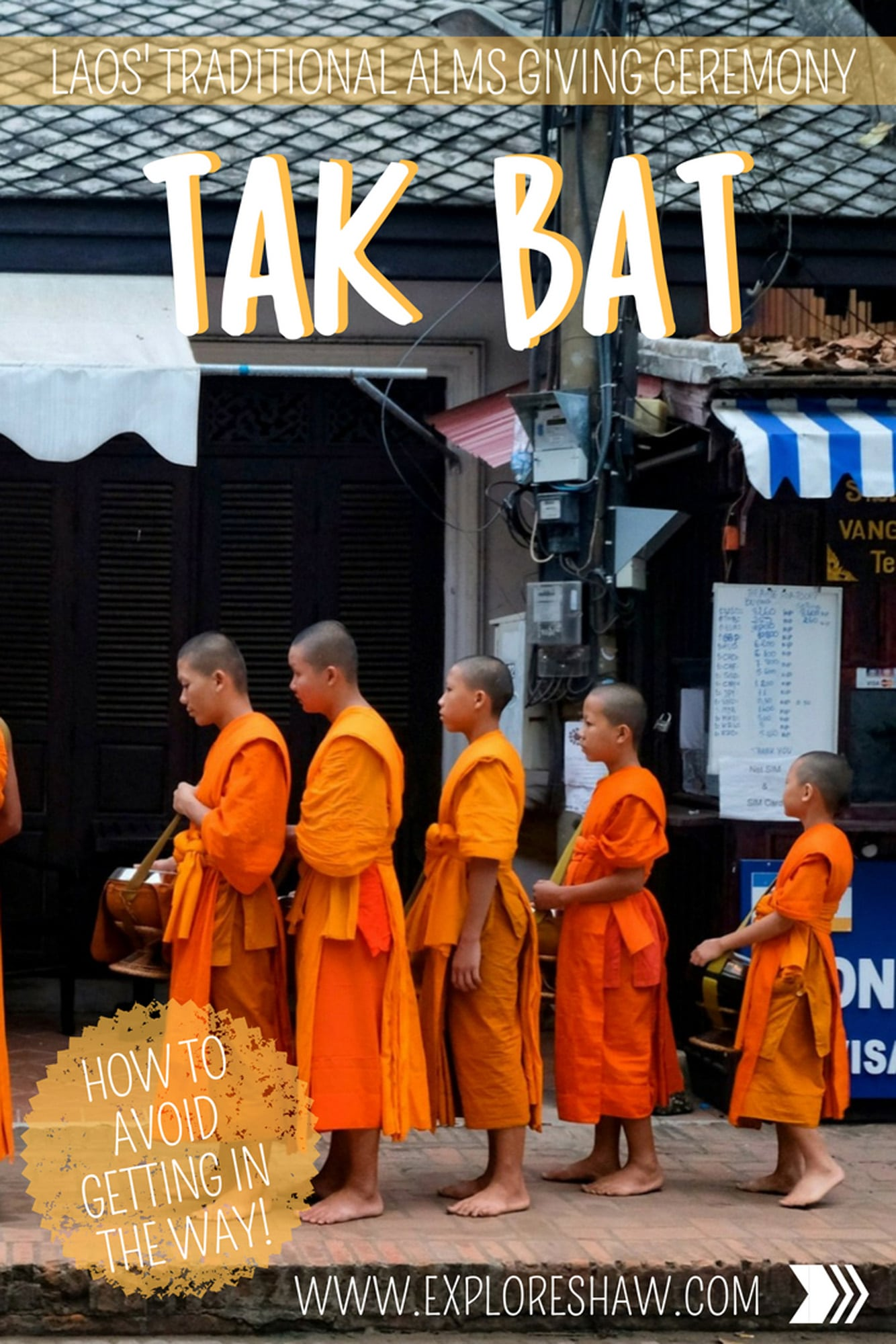LAOS' TRADITIONAL ALMS GIVING CEREMONY - TAK BAT