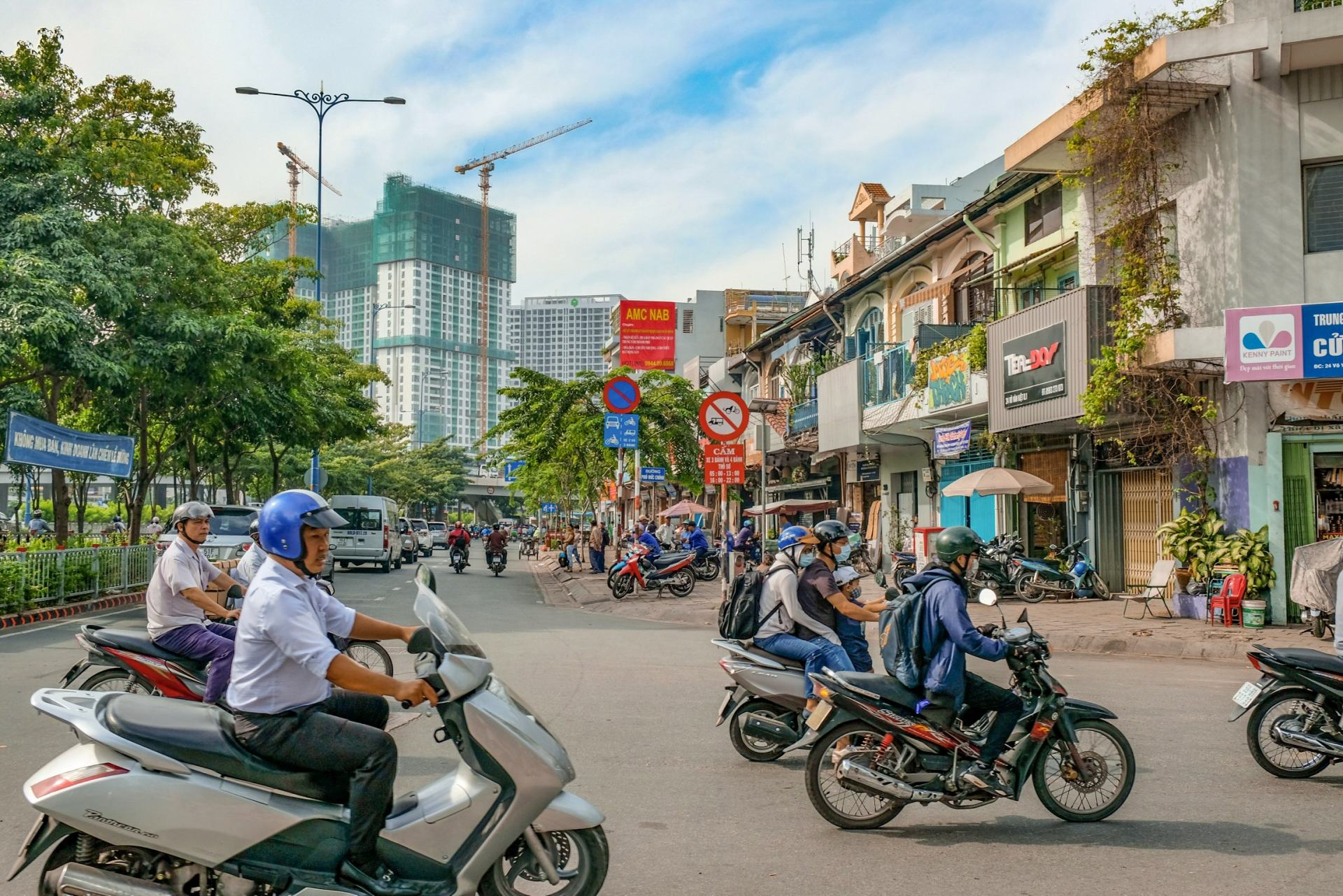 busy streets of saigon