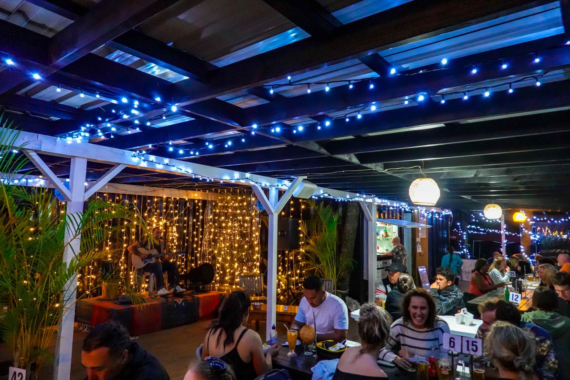 charlie's cafe and bar rarotonga