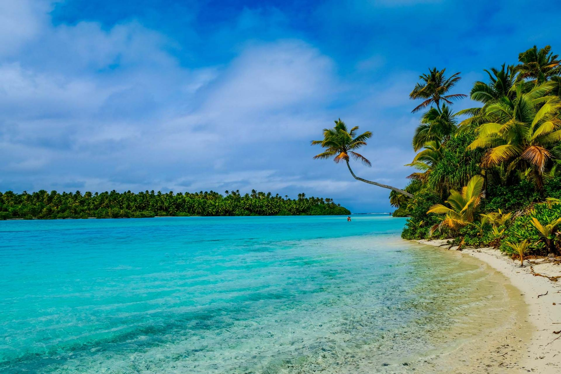 one foot island in the cook islands