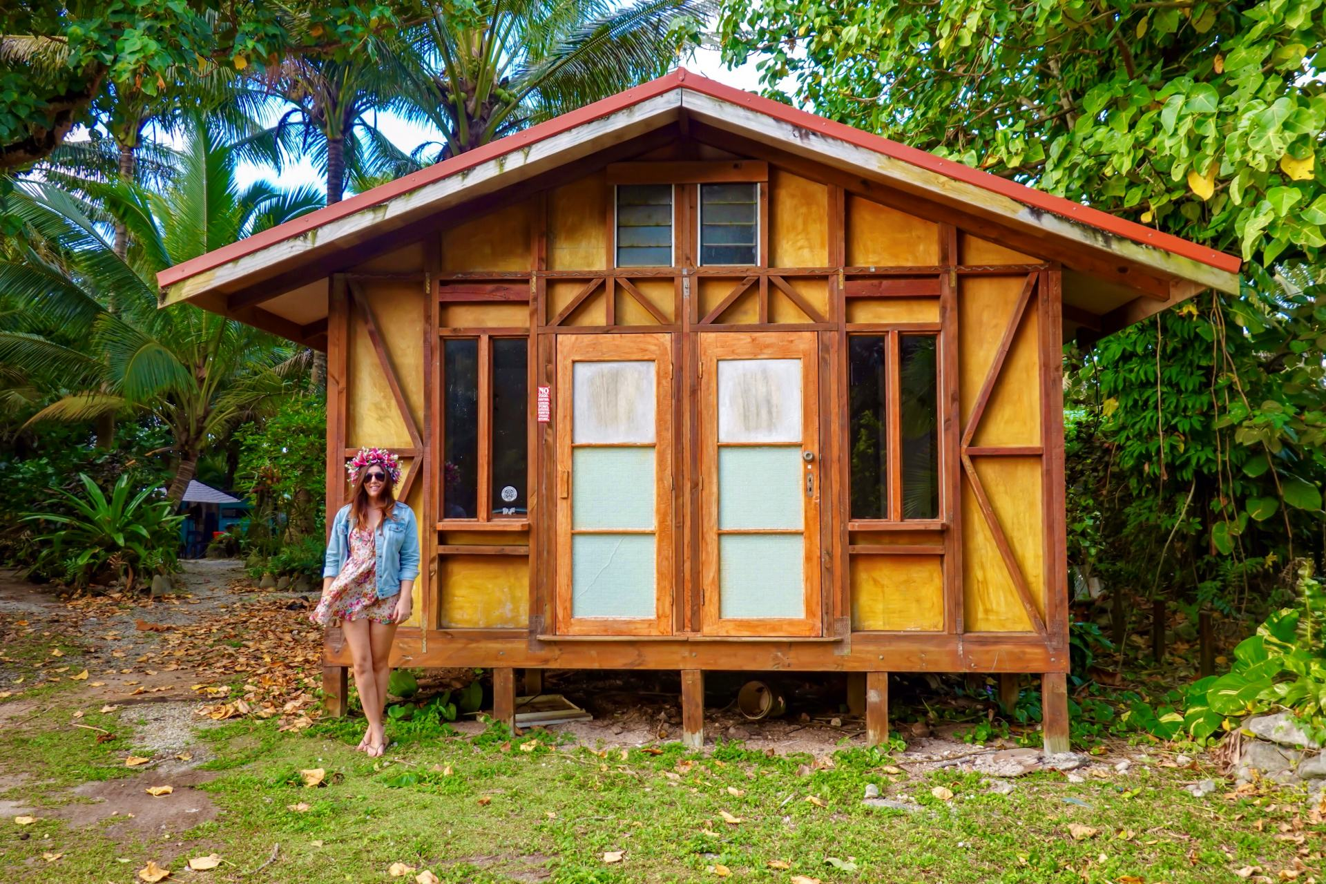 cook islands huts