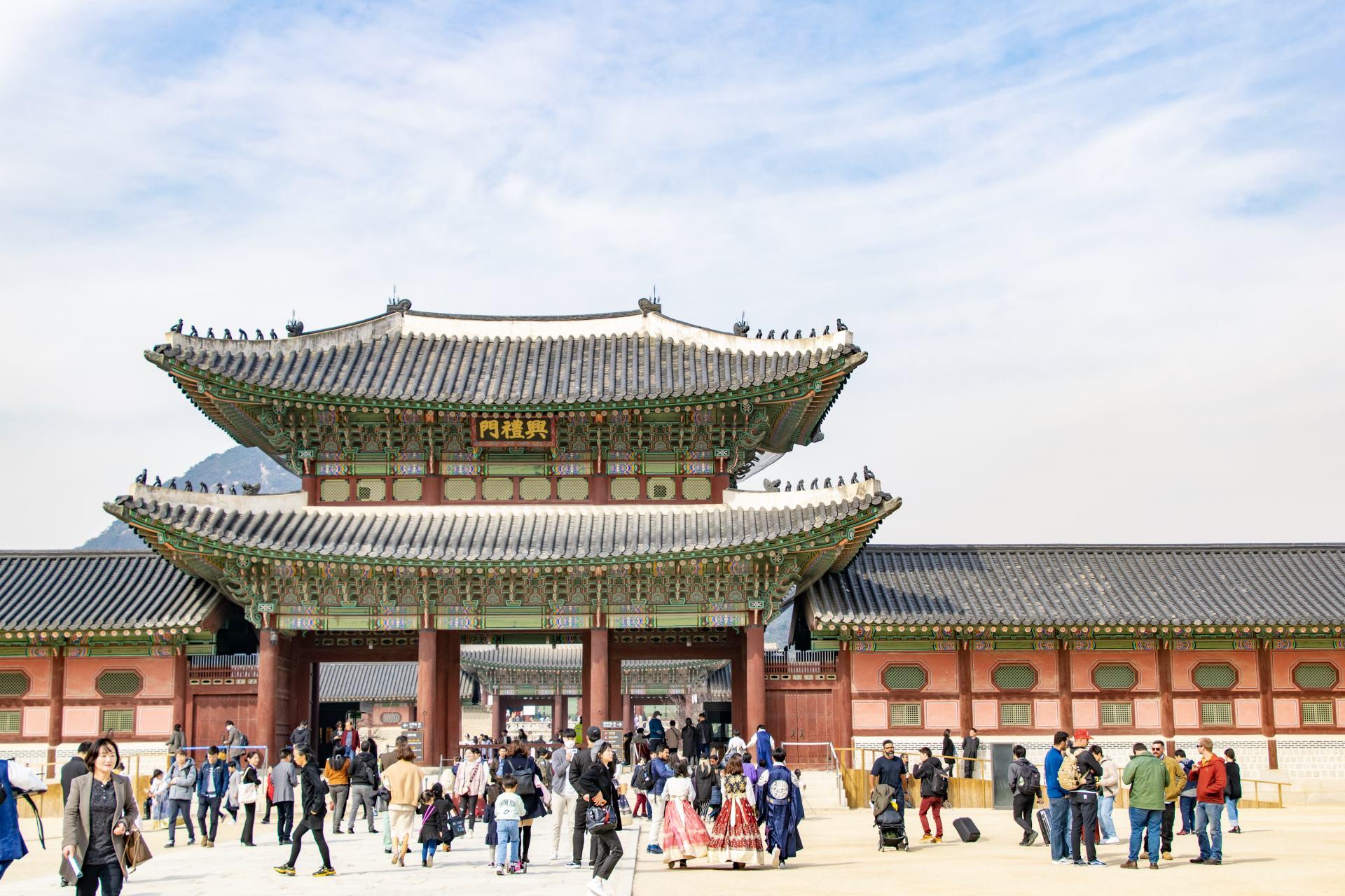royal palace in seoul