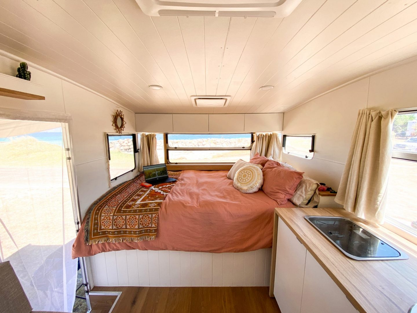 How To Renovate A Vintage Caravan: The Inside