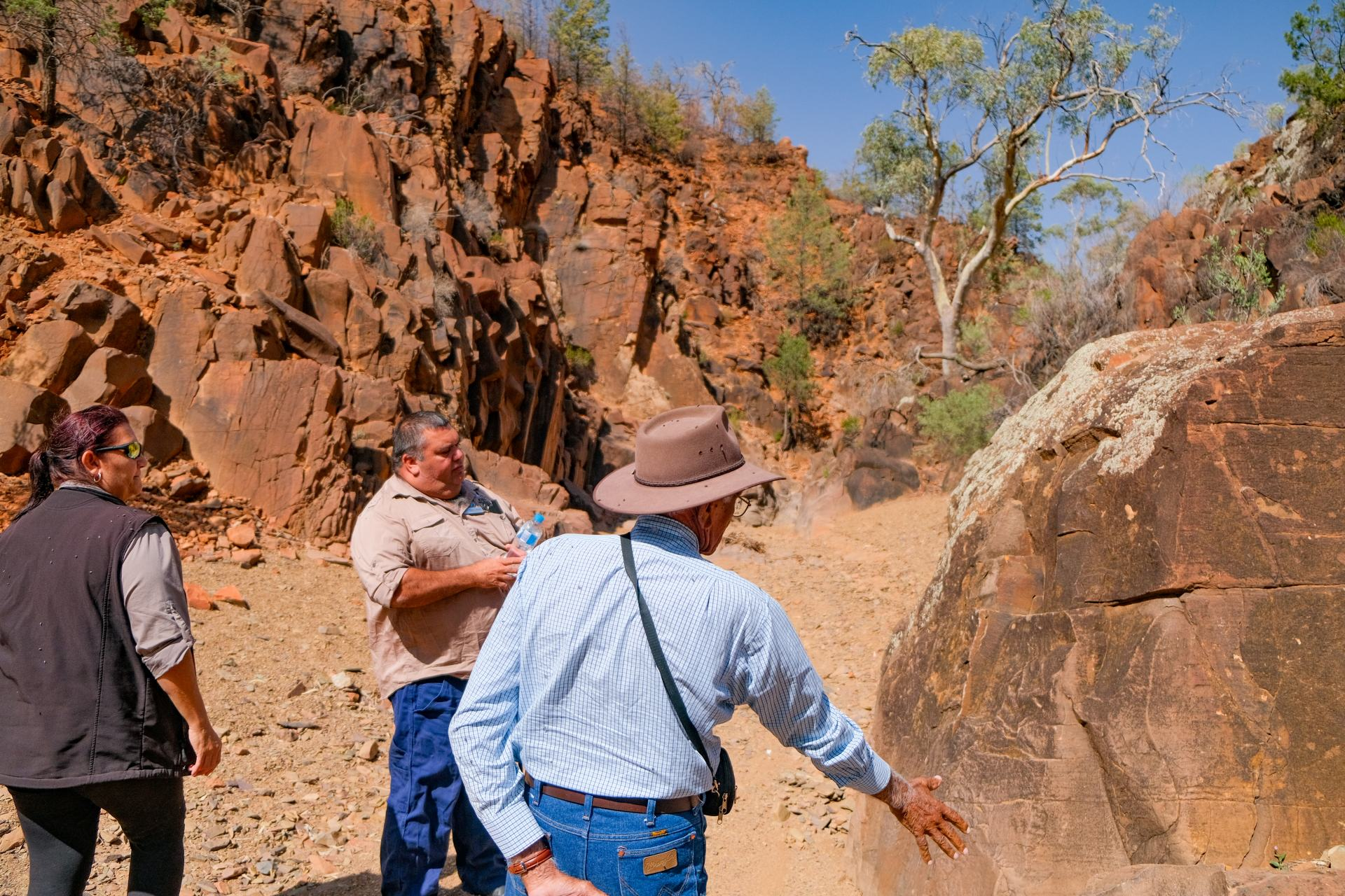flinders ranges with guides