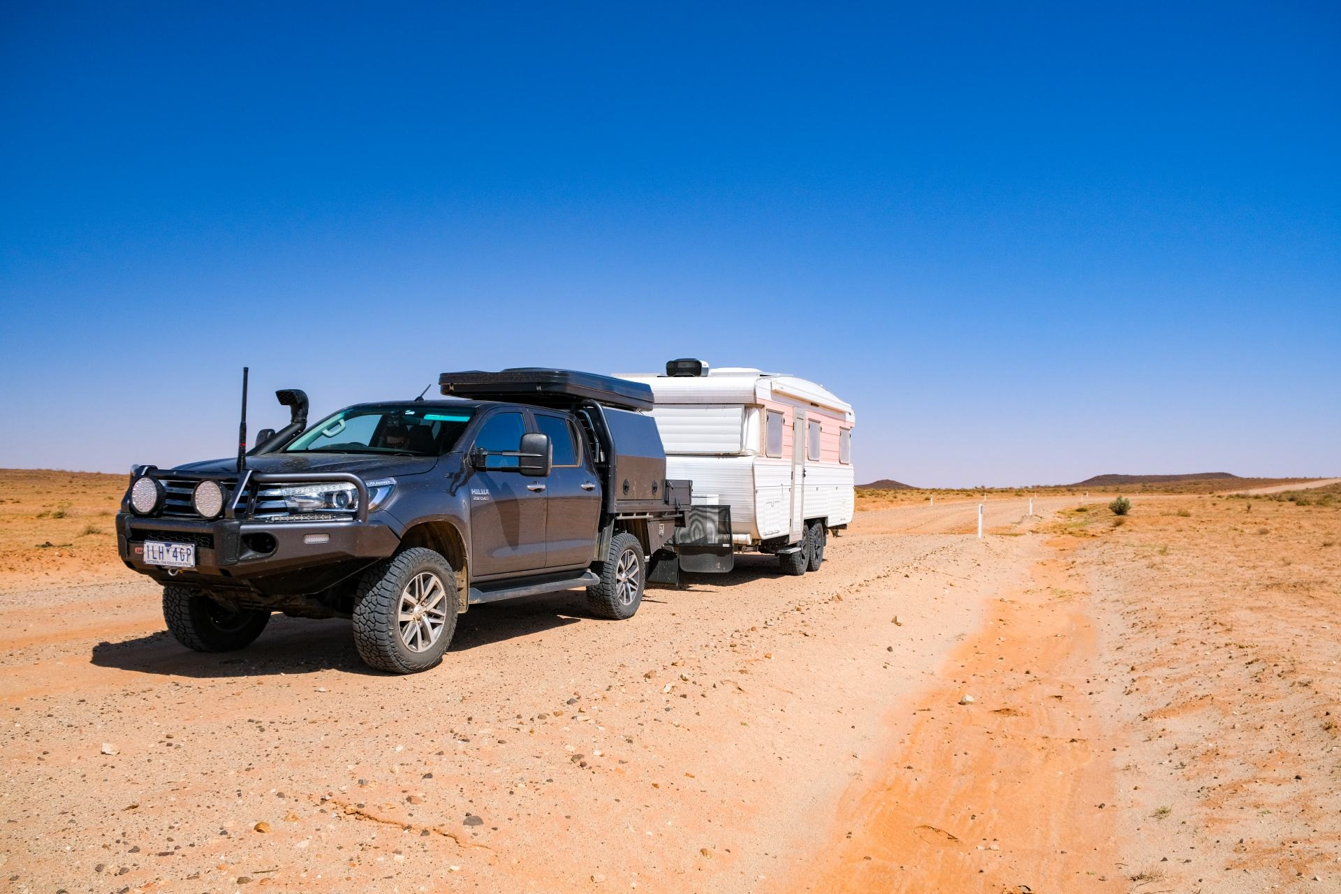 driving the oodnadatta track