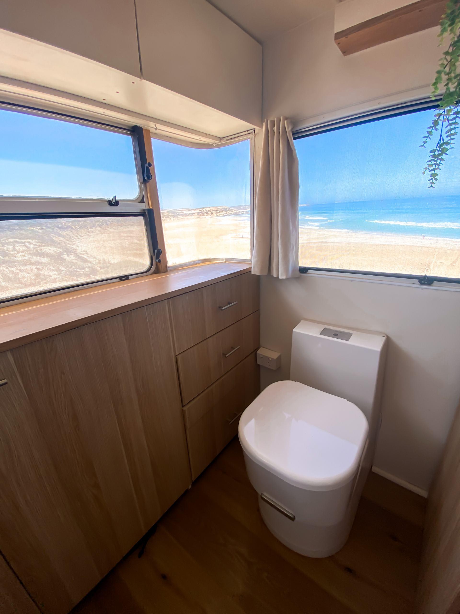 dometic toilet