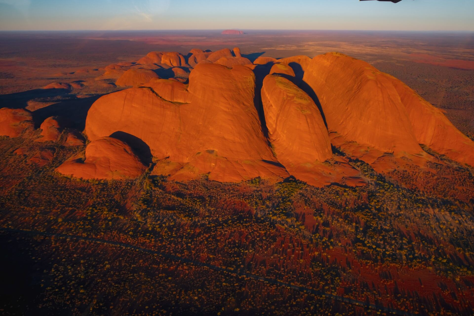 ayers rock scenic flights kata tjuta