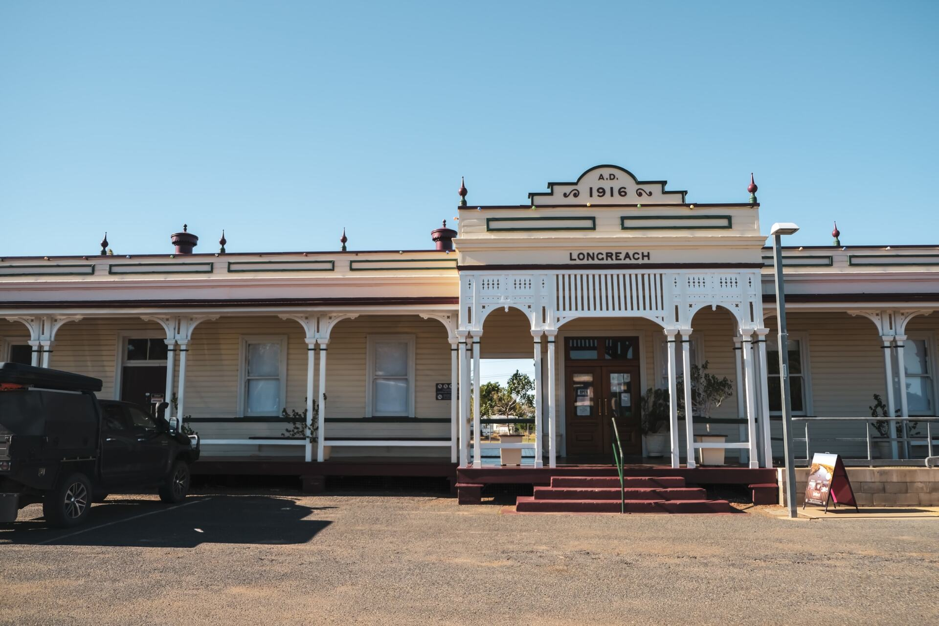 longreach railway station